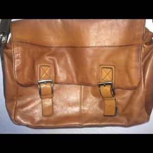Fossil Messenger Bag ❤️